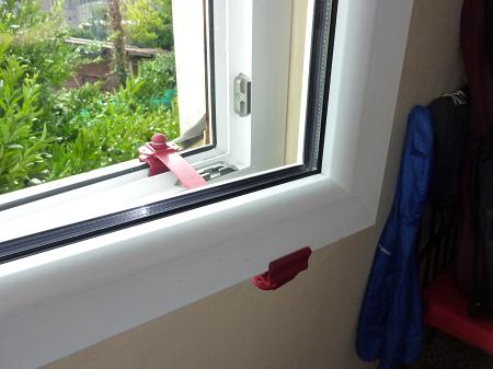 Clickcomp ferma finestra - Ferma finestra ikea ...